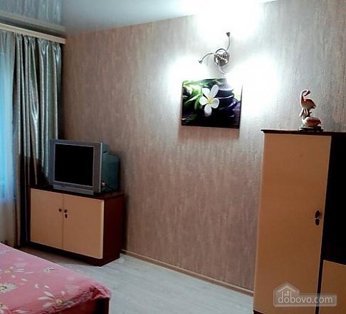 Apartment in Odessa in a new building, Studio (15867), 002