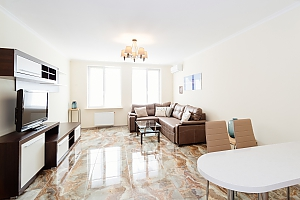 Luxury apartment in the green zone, Un chambre, 001