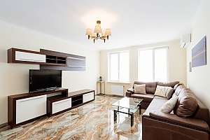 Luxury apartment in the green zone, Un chambre, 003