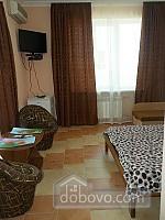 Готель у Бердянську (нове 2016), 1-кімнатна (15767), 001