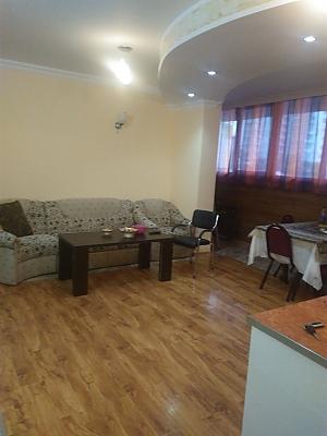 Квартира біля моря з євроремонтом, 3-кімнатна, 003