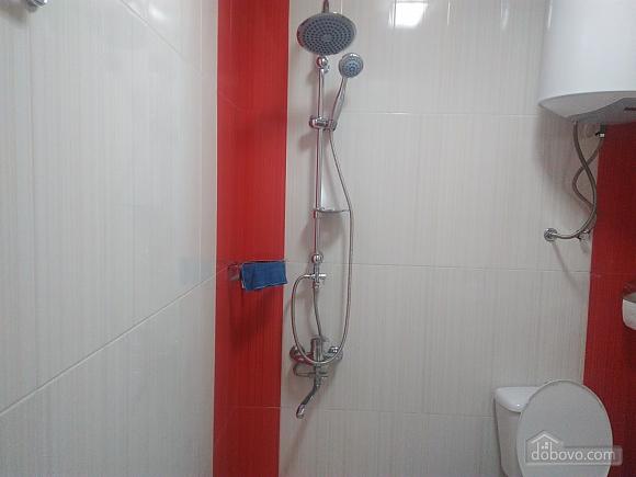 Квартира возле моря с евроремонтом, 3х-комнатная (40062), 009