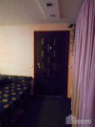 Accommodation in Chernigov, One Bedroom (19340), 021