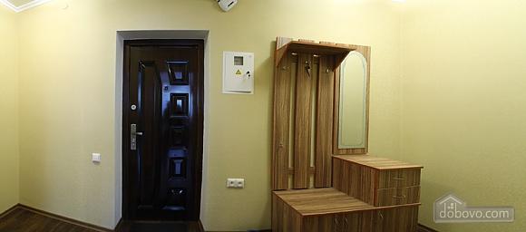 Cozy and stylish apartment at Radyanska street, One Bedroom (71633), 003