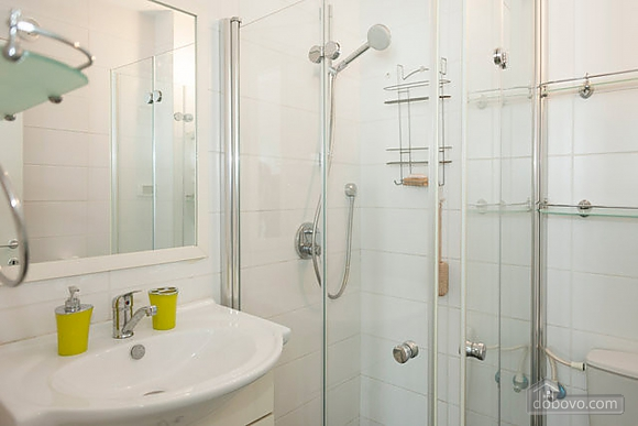 Bograshov Design, One Bedroom (13320), 009