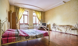 Apartment in the center of Lviv, Zweizimmerwohnung, 003