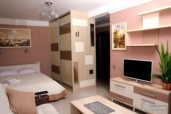 Квартира рядом с аквапарком, 1-комнатная (44333), 002
