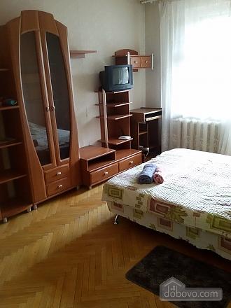 Бюджетная квартира возле метро Святошин, 1-комнатная (96165), 001