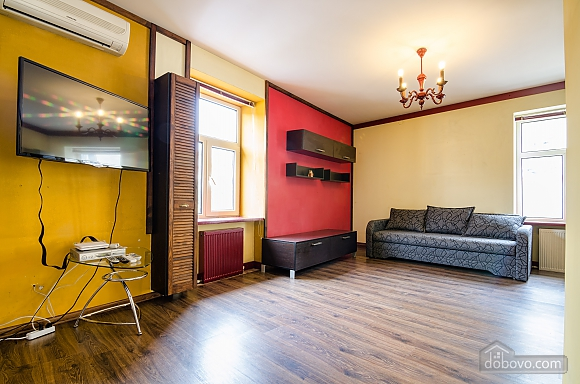 Studio apartment at Rynok square, Studio (51208), 001