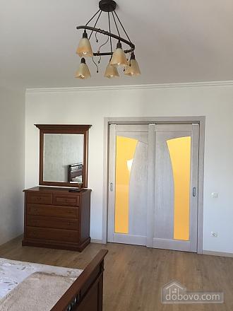 Prymorskyi, Un chambre (84886), 007