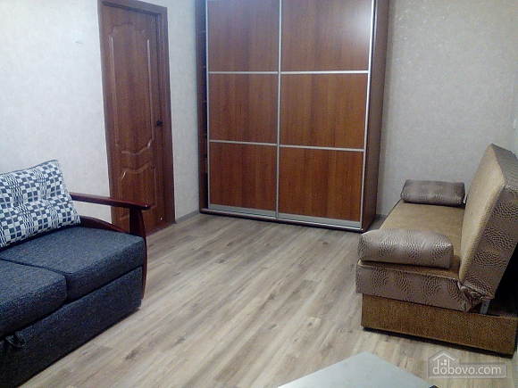 Apartment in Berdyansk, Monolocale (98939), 003