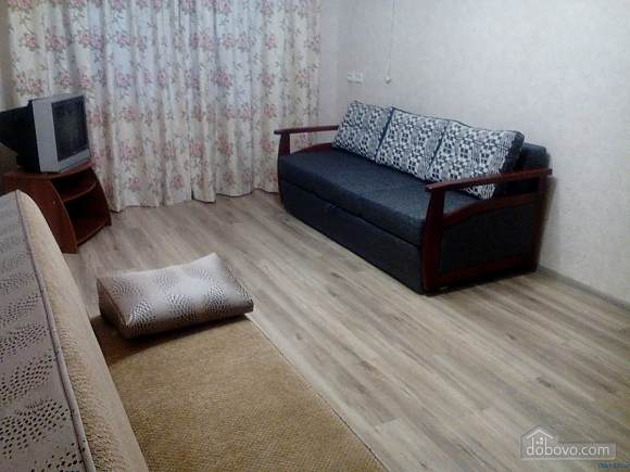 Apartment in Berdyansk, Monolocale (98939), 001