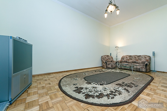 Spacious apartment on Lvivska square, Zweizimmerwohnung (40707), 016