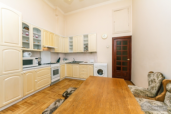 Spacious apartment on Lvivska square, Zweizimmerwohnung (40707), 022