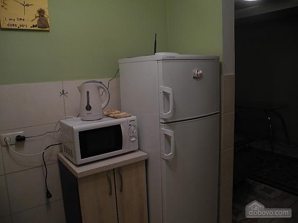 16 городская больница, 2х-комнатная (38678), 005