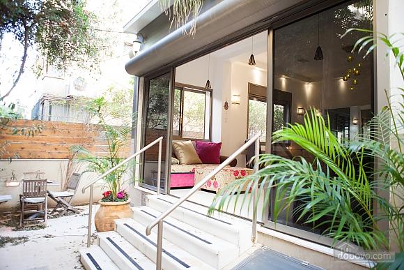 Frishman Garden, Two Bedroom (78927), 001