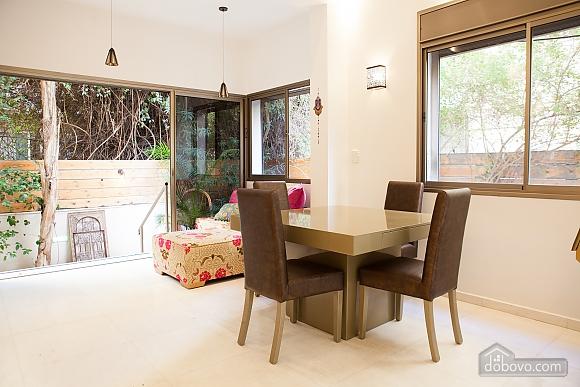 Frishman Garden, Two Bedroom (78927), 014