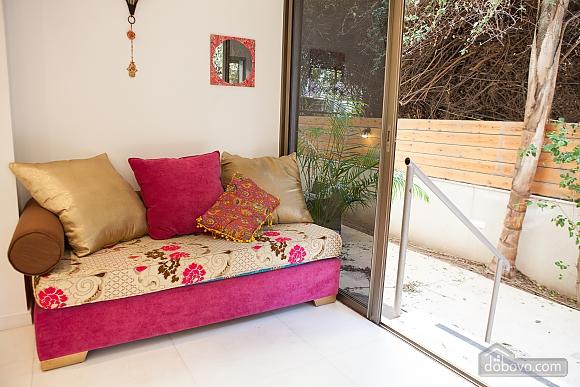 Frishman Garden, Two Bedroom (78927), 016