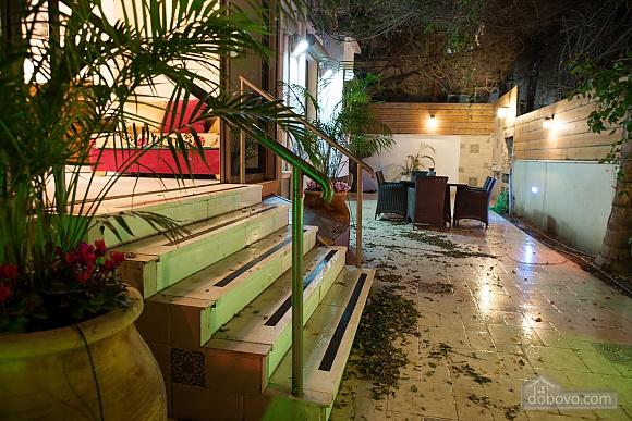 Frishman Garden, Two Bedroom (78927), 026