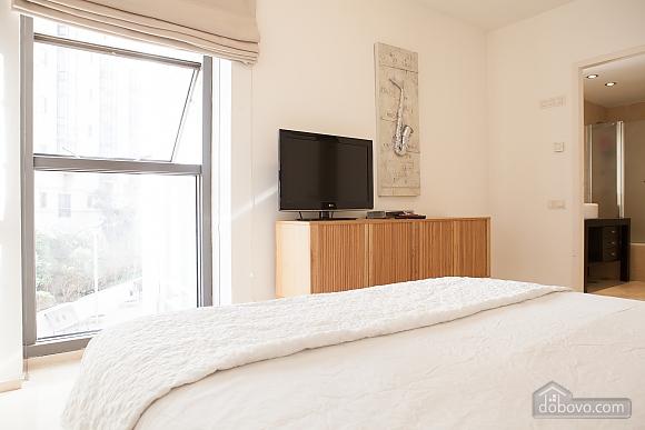 Royal Lev Hair, Two Bedroom (33975), 009