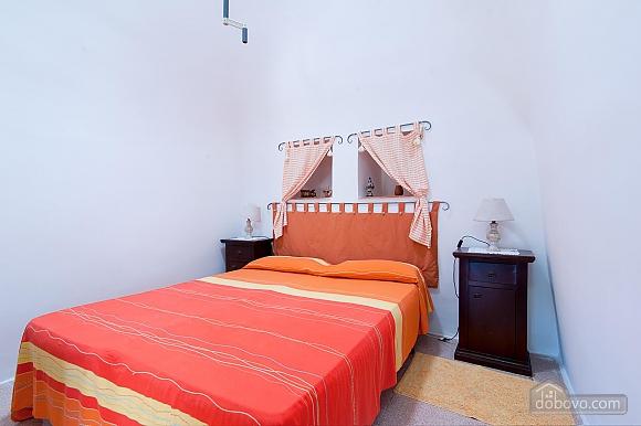 Trullo occhichiuso, Un chambre (27458), 014