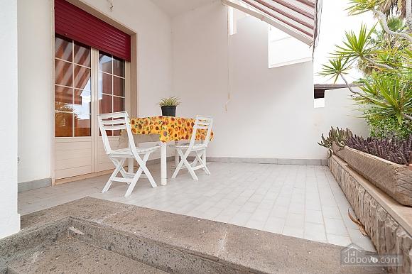 Taormina's house, Two Bedroom (50857), 004