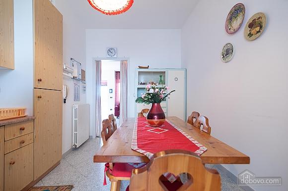 Taormina's house, Two Bedroom (50857), 006