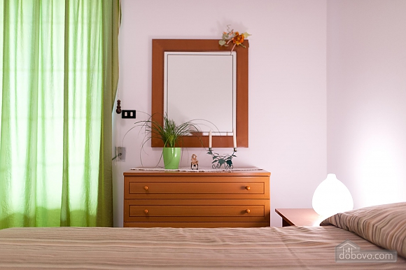Taormina's house, Two Bedroom (50857), 012