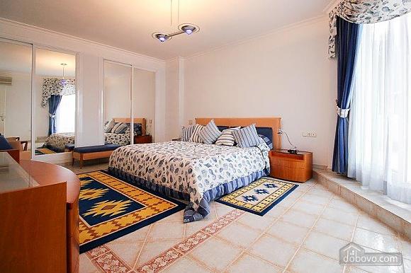 Чудова вілла Грейс в Марбельї, 4-кімнатна (28840), 035