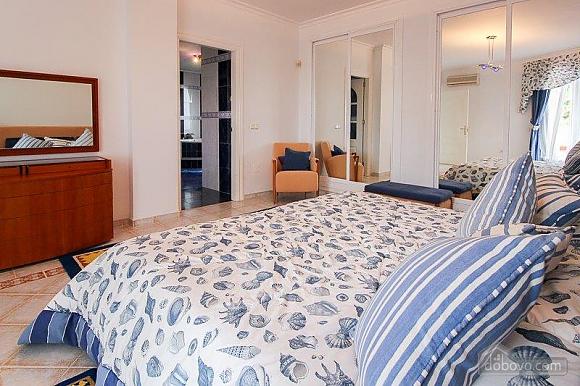 Чудова вілла Грейс в Марбельї, 4-кімнатна (28840), 037