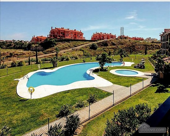 Comfortable Apartment in Pinares, Two Bedroom (82093), 002