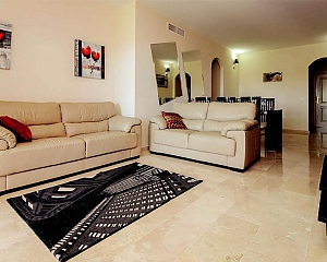 Comfortable Apartment in Pinares, Due Camere, 004