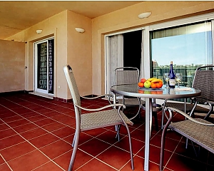 Comfortable Apartment in Pinares, Due Camere, 015