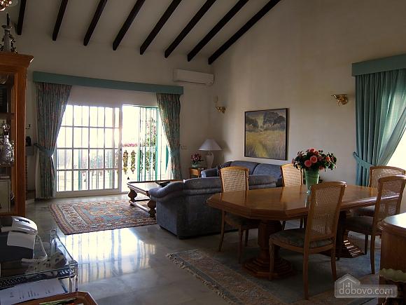 Villa Miranda in Calahonda, Three Bedroom (95443), 004