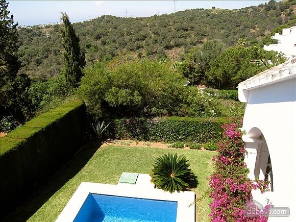 Villa Miranda in Calahonda, Three Bedroom (95443), 007
