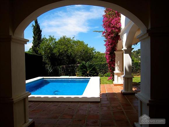 Villa Miranda in Calahonda, Three Bedroom (95443), 013