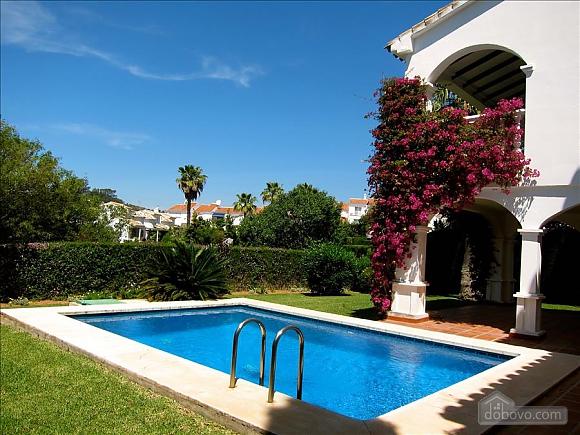 Villa Miranda in Calahonda, Three Bedroom (95443), 014