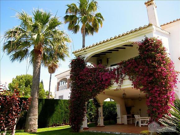 Villa Miranda in Calahonda, Three Bedroom (95443), 015