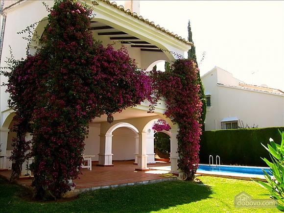 Villa Miranda in Calahonda, Three Bedroom (95443), 016