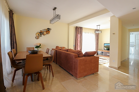 Penthouse on Golden Mile, Two Bedroom (22230), 006