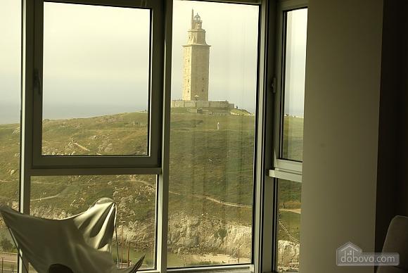 Piso Torre de Hercules, One Bedroom (98521), 021