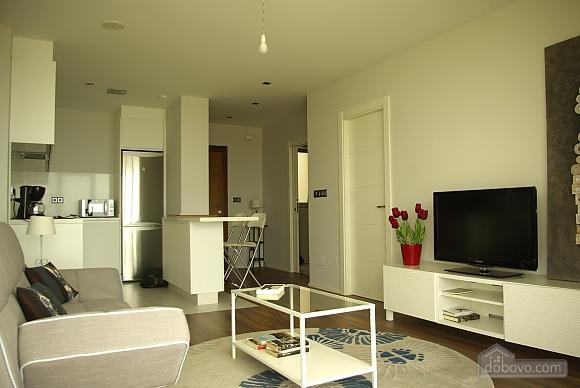 Piso Torre de Hercules, One Bedroom (98521), 022
