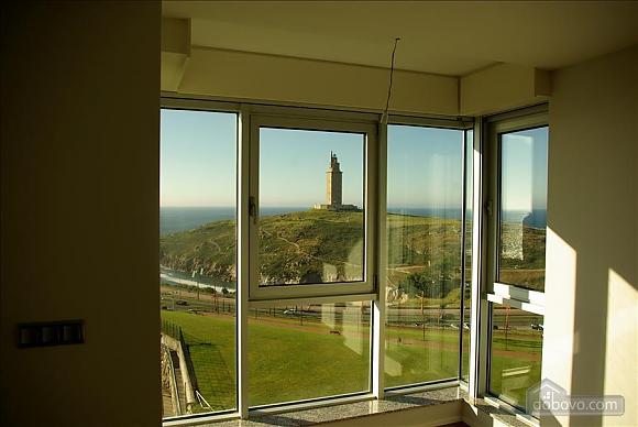 Piso Torre de Hercules, One Bedroom (98521), 026