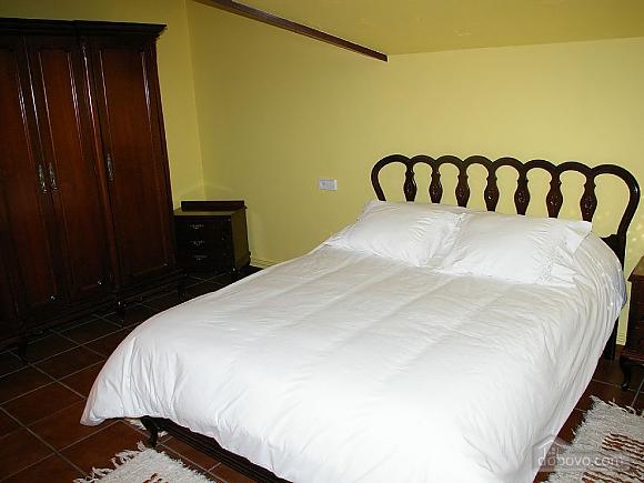 Casa Lamas, Six (+) Bedroom (22786), 012