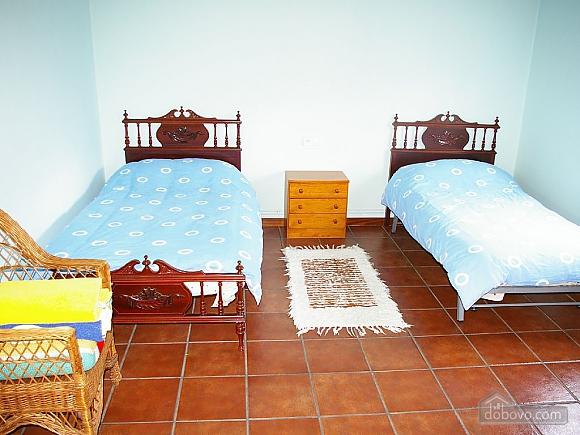 Casa Lamas, Six (+) Bedroom (22786), 013