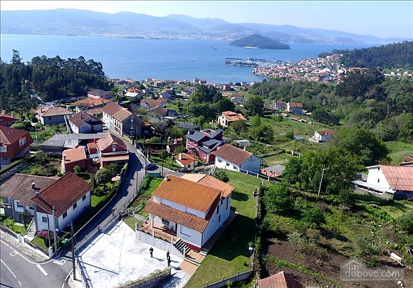 Casa Combarro 2, Cinq chambres (72800), 001
