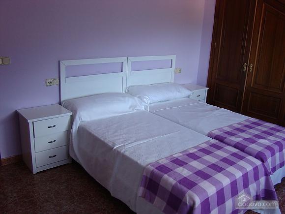 Casa Combarro 2, Cinq chambres (72800), 010
