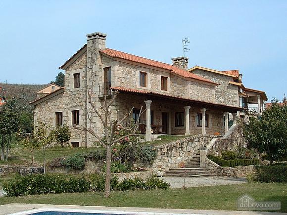 Casa Tomino, Quattro Camere (31000), 002