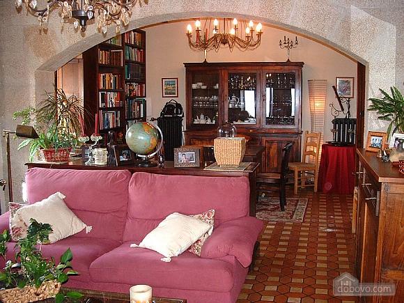 Casa Tomino, Quattro Camere (31000), 003