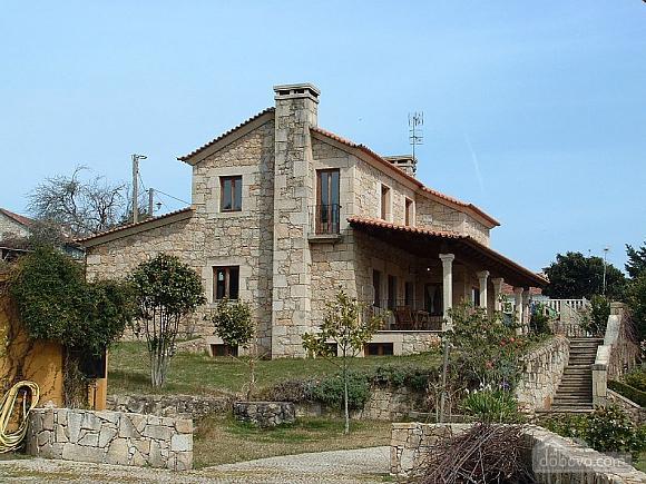 Casa Tomino, Quattro Camere (31000), 010